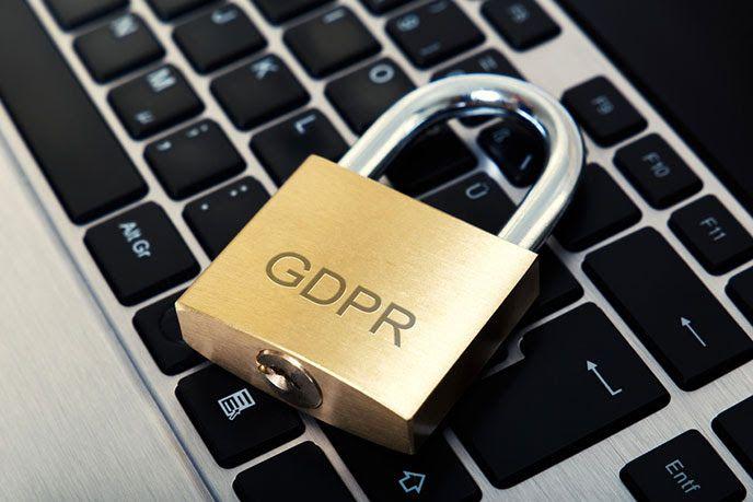 GDPR lucchetto su tastiera